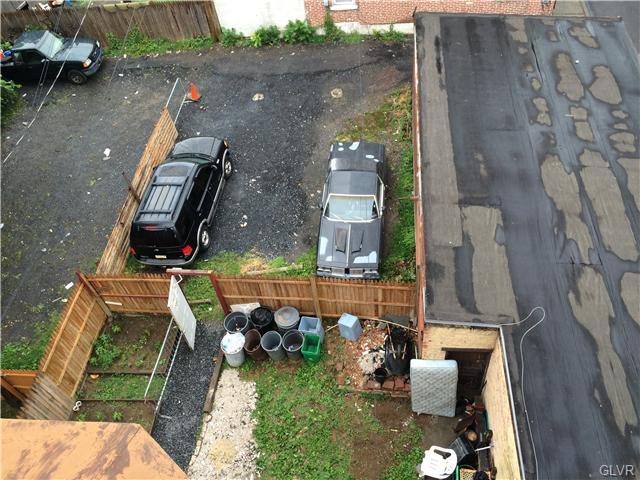 Apartment Style - Allentown City, PA (photo 4)