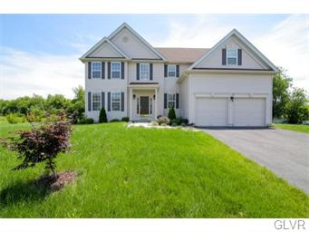 Rental Homes for Rent, ListingId:35388910, location: 975 Cosenza Court Forks Twp 18040