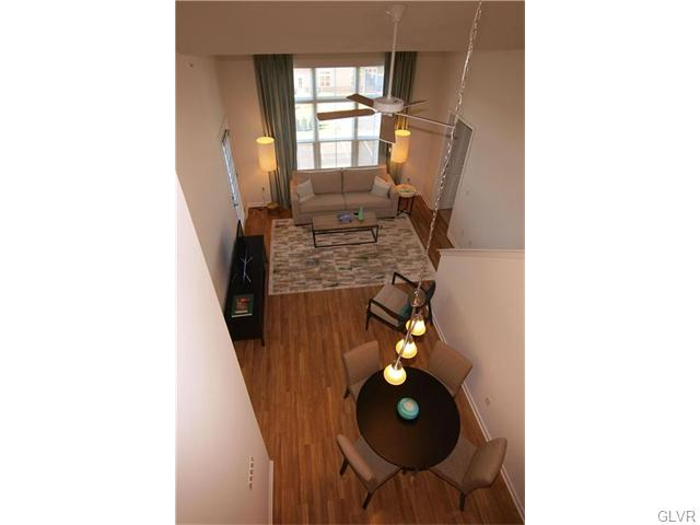 Contemporary, Apartment Style - Bethlehem Twp, PA (photo 3)