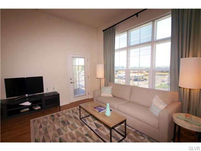 Contemporary, Apartment Style - Bethlehem Twp, PA (photo 2)