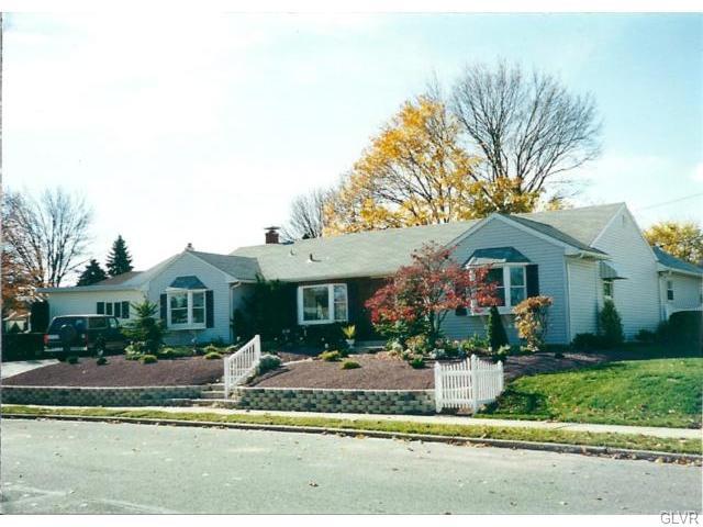 Rental Homes for Rent, ListingId:36659338, location: 1955 Aripine Avenue Bethlehem 18018