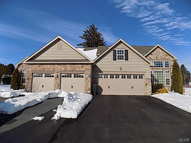 Rental Homes for Rent, ListingId:37093586, location: 863 Spring White Drive Breinigsville 18031