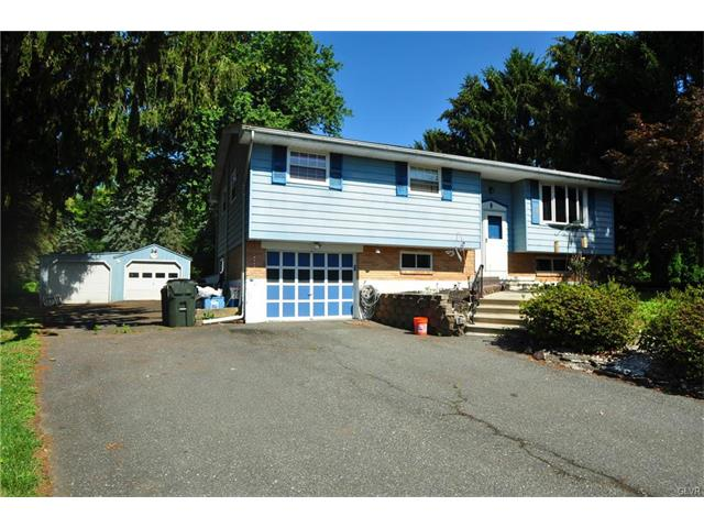 Photo of 1236 Little Creek Circle  Upper Macungie Twp  PA