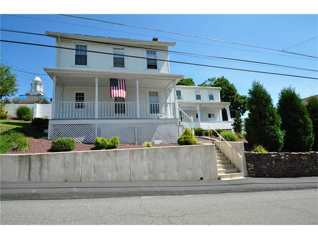 21 Carbon St, Weatherly, PA 18255