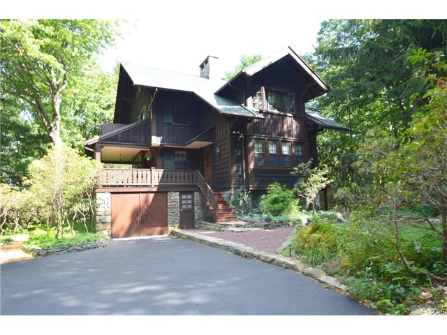 Photo of 315 Manor Drive  Pocono Twp  PA