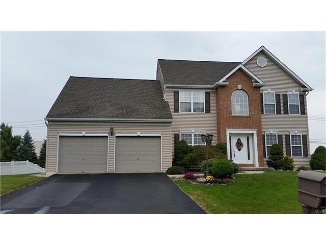 2647 Halleck Dr, Whitehall, PA 18052