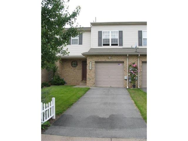 6483 Pioneer Dr, Macungie, PA 18062