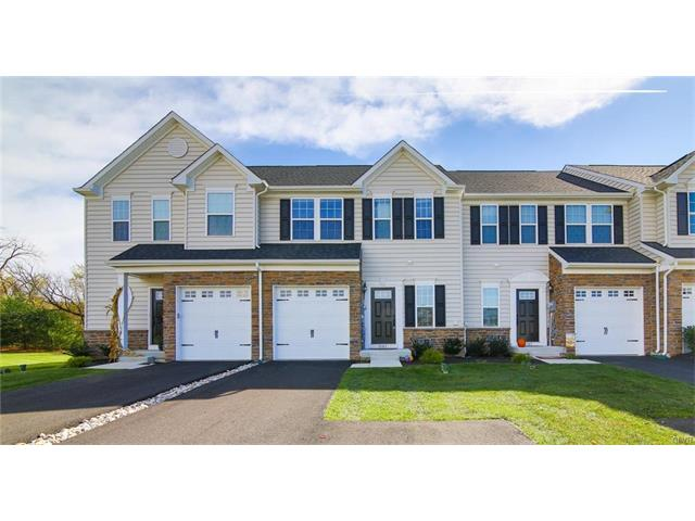 Row/Townhouse, Traditional - Upper Macungie Twp, PA (photo 1)