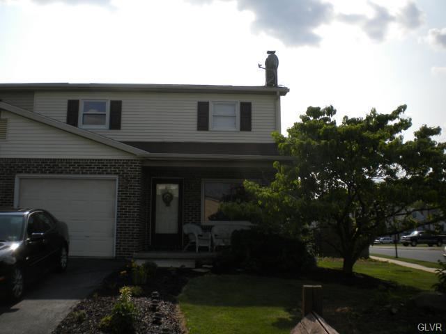 318 Margaret Dr, Coplay, PA 18037