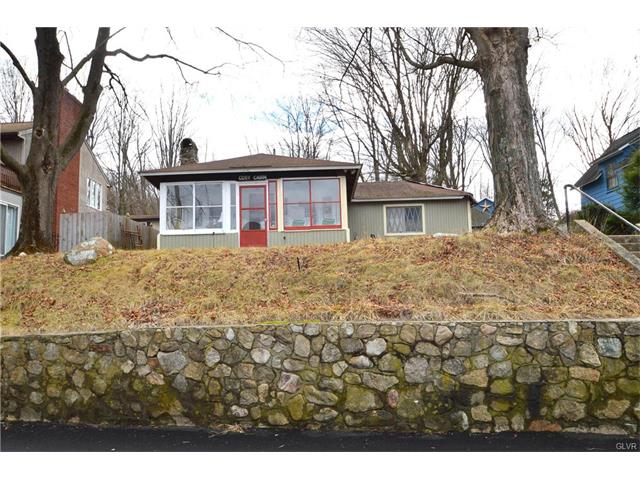 24 Lakeside Dr E, Belvidere, NJ 07823