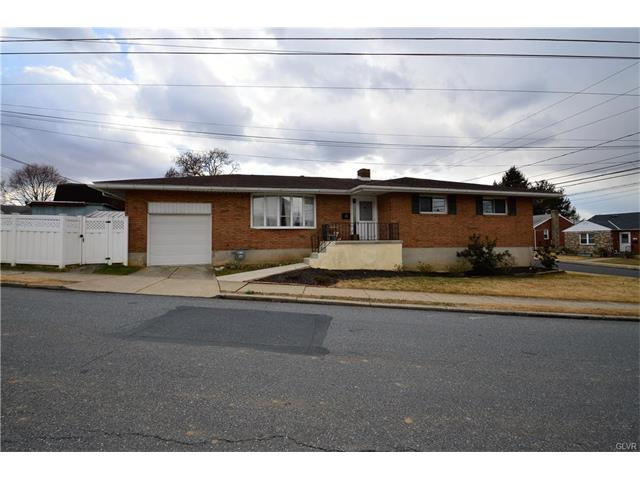 110 Linden Ave, Hellertown, PA 18055
