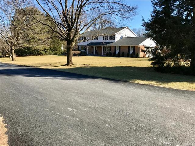 4036 Azalea Rd, Allentown, PA 18103