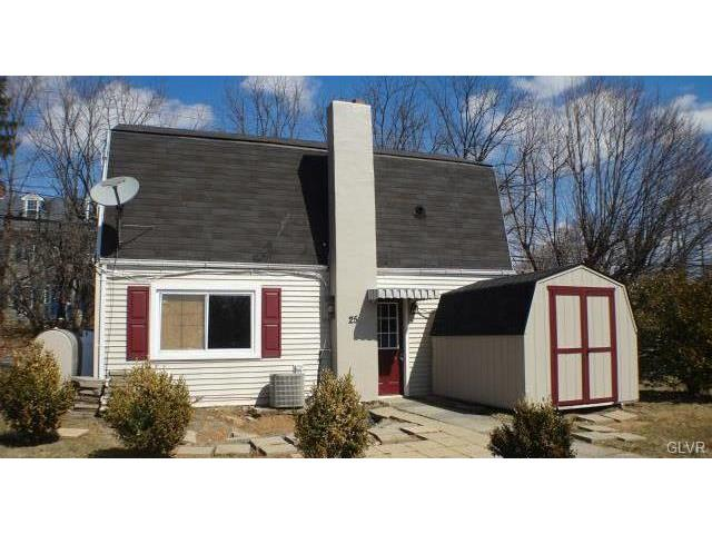 Photo of 1225 Cardinal Drive  Upper Macungie Twp  PA