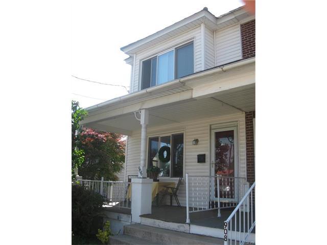 Photo of 906 Chestnut Street  Emmaus  PA
