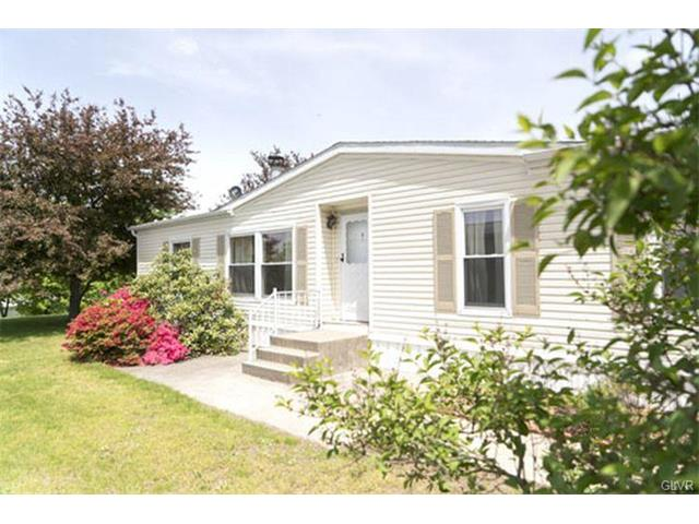Photo of 227 Independence Way  Upper Mt Bethel  PA