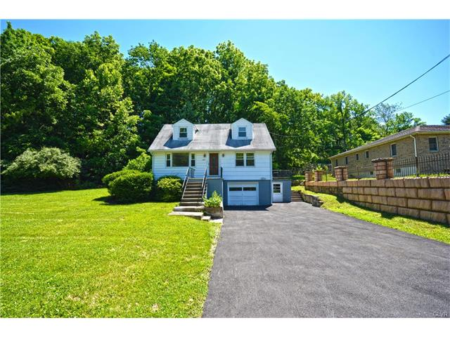Photo of 1877 Bushkill Drive  Forks  PA