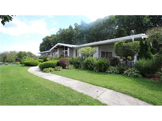 11 Oak Terrace Schuylkill County, PA 17929
