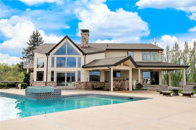 2132 Ranch Road North Whitehall, PA 18080