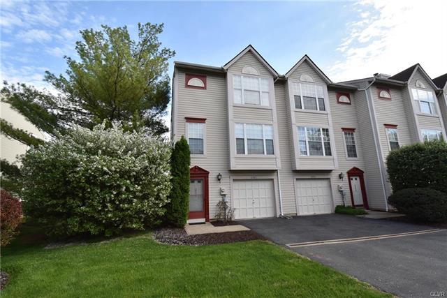 2771 Red Oak Circle, Bethlehem, Pennsylvania