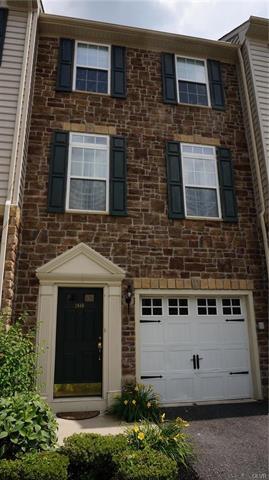 1648 Oakridge Lane Hellertown, PA 18055