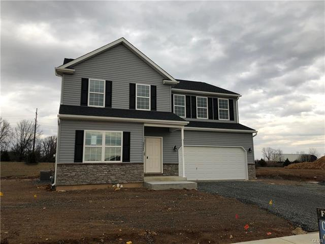 5922 Winterberry Place Upper Macungie, PA 18104