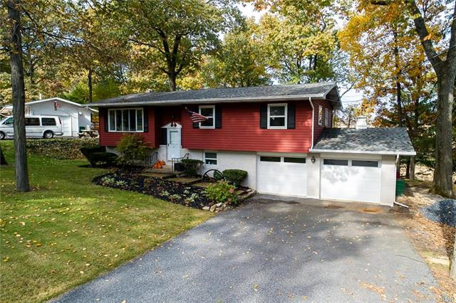 2436 Cherrywood Lane Moore, PA 18014