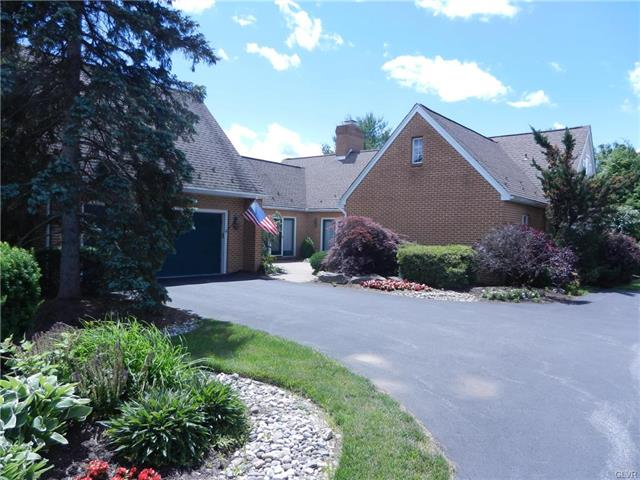 2605 Houghton Lean Lower Macungie, PA 18062
