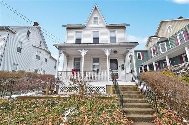 207 North Broad Street Nazareth Borough, PA 18064