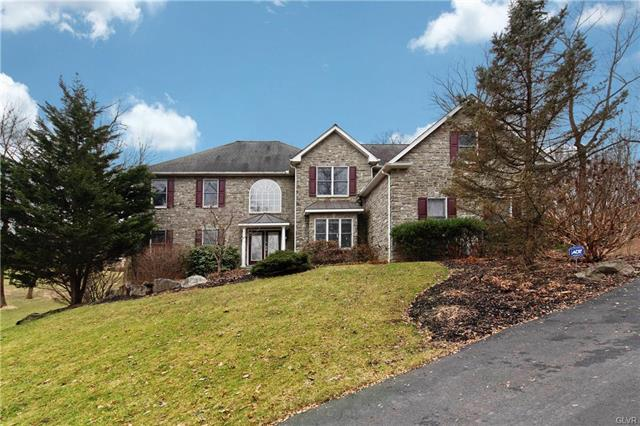 2752 Valley View Road Lower Saucon, PA 18055