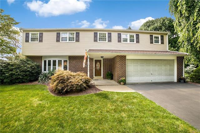 5721 Meadow Drive Upper Macungie, PA 18069