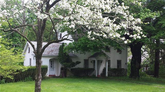 2066 Richlandtown Pike Springfield, PA 18036