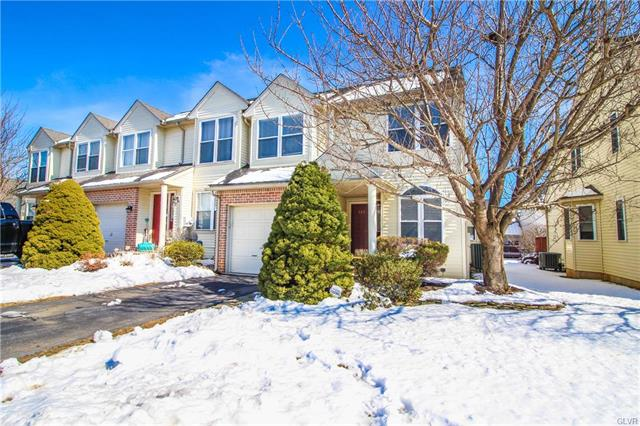 325 Oxford Place Macungie, PA 18062