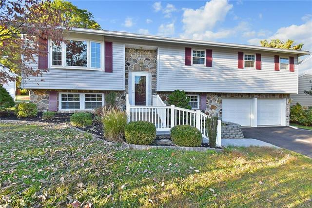 1340 Stonewood Drive, Bethlehem in Northampton County, PA 18017 Home for Sale