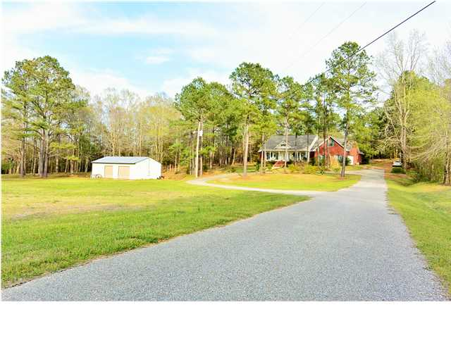 3.7 acres in Eclectic, Alabama