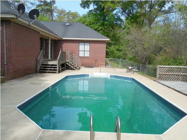 Real Estate for Sale, ListingId: 30137536, Deatsville,AL36022
