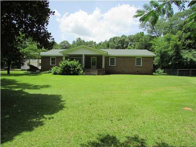 Real Estate for Sale, ListingId: 34269733, Deatsville,AL36022