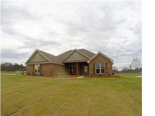 Real Estate for Sale, ListingId: 34394441, Deatsville,AL36022