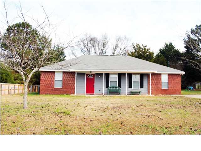 Real Estate for Sale, ListingId: 36140145, Elmore,AL36025