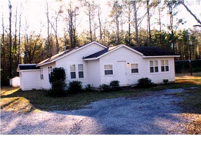 Photo of 2421 FRIENDSHIP Road  Tallassee  AL