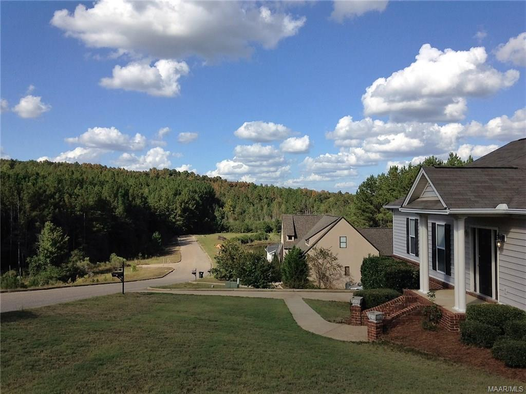 228 Forest Hill Rd, Wetumpka, AL 36093