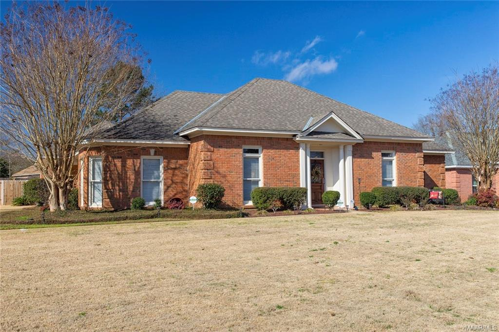 One of Montgomery 3 Bedroom Homes for Sale at 501 Towne Lake Drive
