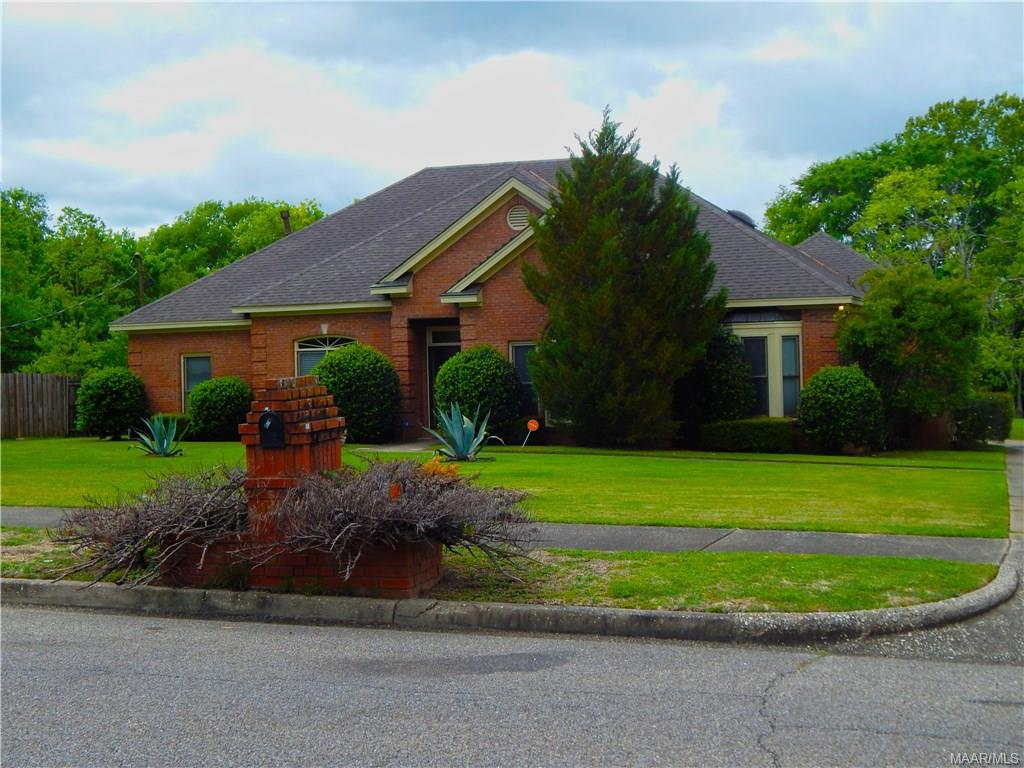 38 FAIRLANE Drive, Montgomery, Alabama