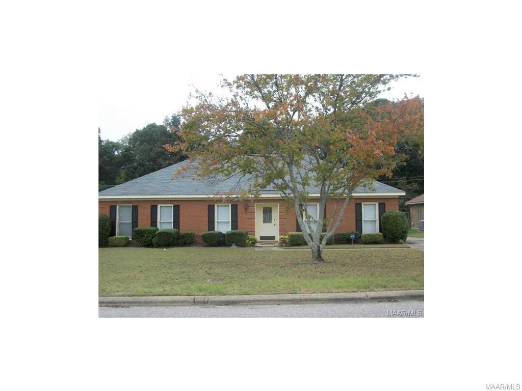 2404 W ABERDEEN Drive, Montgomery, Alabama