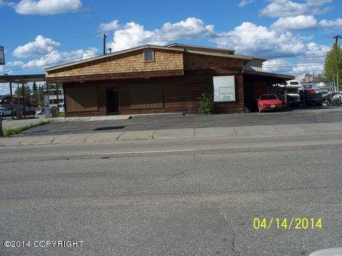 618 Gaffney Rd, Fairbanks, AK 99701