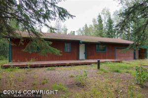 3790 Blessing Ave, North Pole, AK 99705
