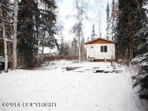 886 Middleton Ave, North Pole, AK 99705