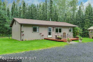 2332 Prague Cir, North Pole, AK 99705