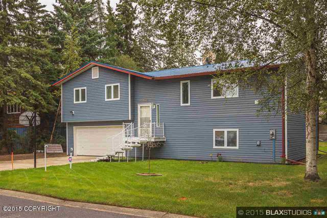4949 Drake St, Fairbanks, AK 99709