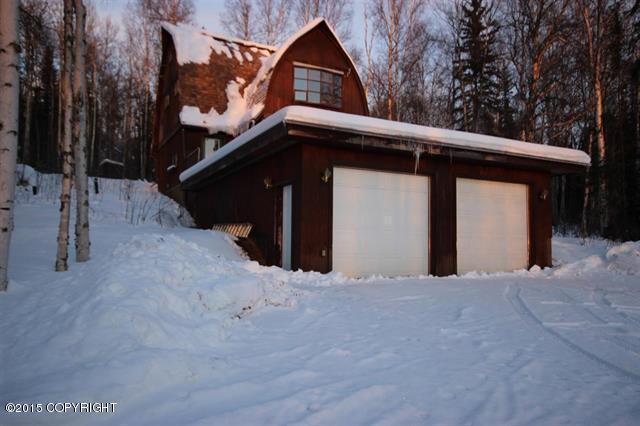 1233 Lois Ln, Fairbanks, AK 99712