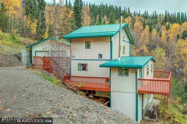 1498 Alderwood Dr, Fairbanks, AK 99709